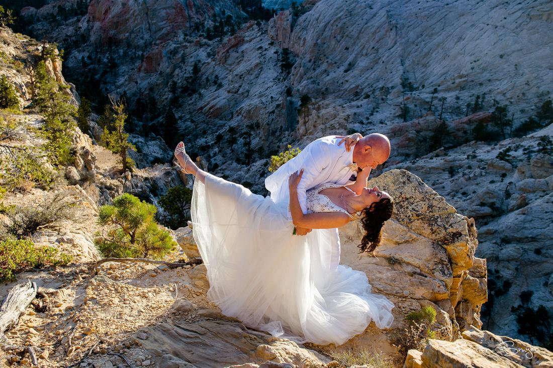Clifftop Wedding on Hell's Backbone -9214