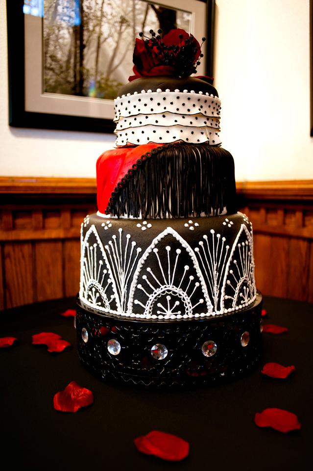 Wedding cake by Jennifer Salt Lake City