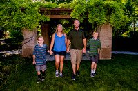 Family pictures at Conservation Garden 7-9-16-0107
