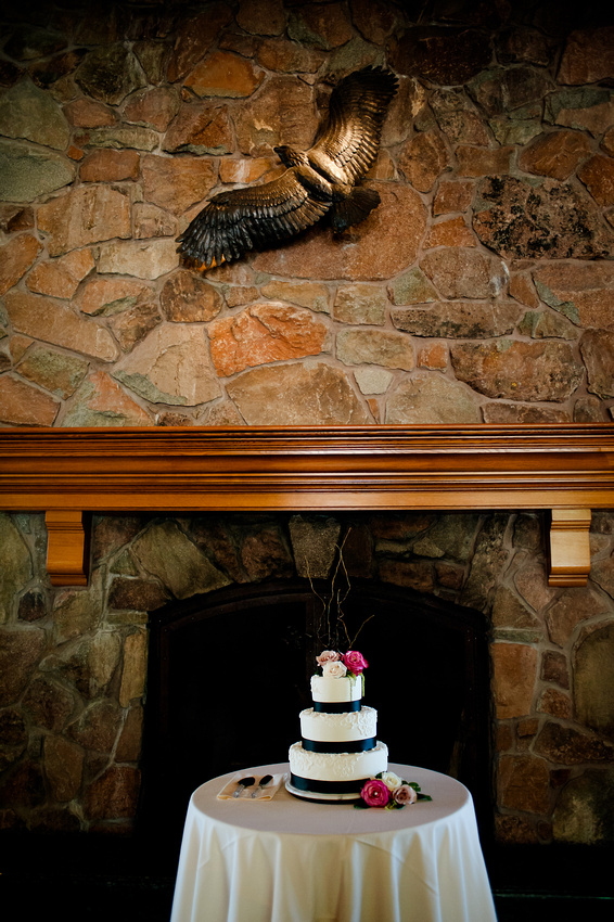 Snowbasin Wedding Inspiration-Wedding cake under the eagle.